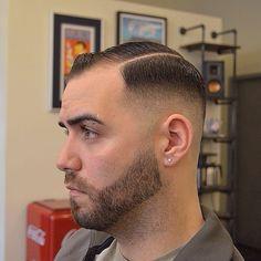 All In Order Marine Haircut, Bald Head Man, Razor Fade, Military Cut, Brush Cut, Hot Haircuts, Clean Shaven, Classic Hairstyles, Shaving Razor