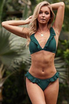 Green Swimsuit, Green Bikini, Crop Top Bikini, Hot Bikini, Bikini Girls, Bikini Set, Bikini Swimsuit, Mini Bikini, Trendy Bikinis