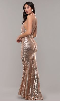 Shop long rose gold sequin prom dresses at PromGirl. Halter prom dresses, v-neck formal dresses in rose gold, and long gold sequin dresses with open backs, ruching, and side slits. Sequin Formal Dress, Fitted Prom Dresses, Sequin Prom Dresses, Plus Size Formal Dresses, Evening Dresses, Stunning Dresses, Elegant Dresses, Prom Girl, Marie