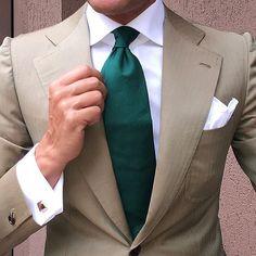 Light Brown & Green @otaa.australia