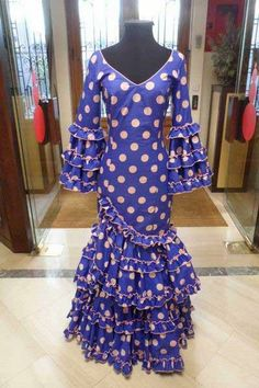 Outlet. Flamenca dress Carrusel T.42