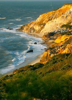 Martha's Vineyard island ... near Cape Cod, Massachusetts U.S.A.