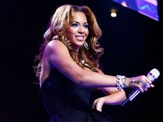 MTV.com: Beyonce To Perform Three Shows Memorial Day Weekend. Click through for details.