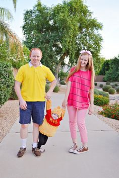 DIY Winnie The Pooh Halloween costumes with Deseret Industries #DIFinds #DeseretIndustries  sc 1 st  Pinterest & Family costume. Winnie the Pooh Piglet and Christopher Robin ...