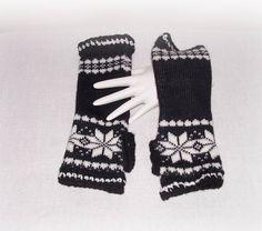 Black White Knit Crochet Hippie Boho Fashion by ICreateAndCollect