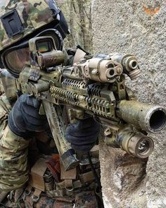 Military Weapons, Military Art, Armas Airsoft, Tactical Ak, Us Army Rangers, Military Special Forces, Assault Weapon, Armed Forces, Firearms