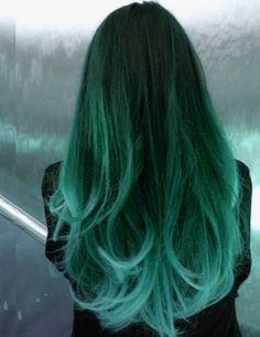 Green vibrant hair [ HairUpsurge.com ] #hair