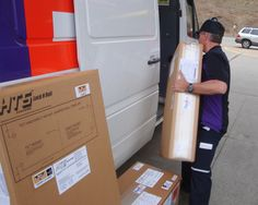 FedEx Express scheduled pick-up for HTS fleet customers in Florida and Louisiana.