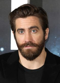 Jake Gyllenhaal Photos Photos - Actor Jake Gyllenhaal attends a photocall for 'Life'  at the Corinthia Hotel on March 16, 2017 in London, England.  'Life' is released in cinemas nationwide on March 24, 2017. - 'Life' - Photocall