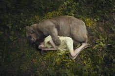 Harmony with nature in the portraits of girls with wild animals 08