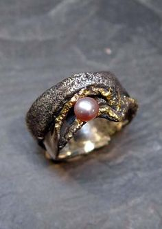 5mm pearl, accent in 24-karat gold  unique ring