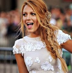 I love Blake Lively's hair in this picture. I could never do it with my hair but it's absolutely stunning!