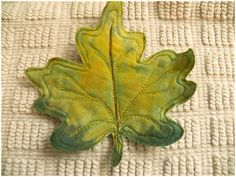 Happy 4th of July to all my US readers!   Remember the fabric I ice dyed  a couple of weeks ago? I used it for a leaf art project that I...