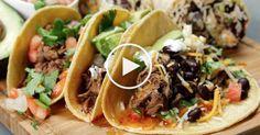 De lekkerste rundvlees tortilla's ooit! In dit filmpje leer je hoe je ze maakt! Volg de simpele instructies en maak deze overheerlijke maaltijd. Het bereiden van het vlees kost wat tijd maar dan heb je ook wat!
