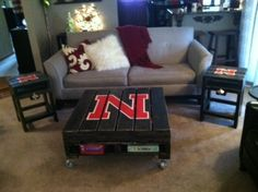 Huskers pallet style Coffee/End Tables for the Husker room in our house! hmmmmm