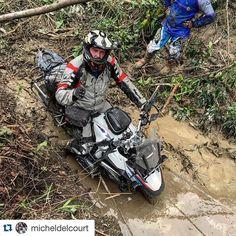 #Repost @micheldelcourt with @repostapp. ・・・ Un poquito de barro apenas para el fin de semana  #rideandshare  #motosdeaventura #biker  #motorrad #makelifearide #motorcycle #bmwmotorraddays#bmwgs #bmwgs1200 #bmwmotorrad #bmwmotorcycle  #adventureriding  #bmwporn #gs1200 #gslife  #xladv #dualsportpanama  #colombia_bikes #maxitrail  #touratech  #trailriding #motorradcolombia #lapasionquenosune#bmwmotoriderscolombia#moto#motosdeaventura#bmwcolombia#ktm #biker#gopro #xladv
