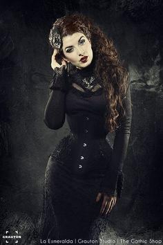 Model: La Esmeralda Photographer: GrautonStudio... - Gothic and Amazing