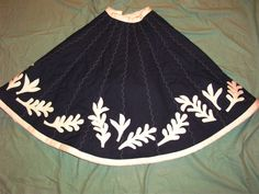 Black and white tree skirt