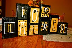 How to-Pink Umbrella Photography: Halloween Mod Podge Blocks Halloween Blocks, Halloween Letters, Halloween Scene, Holidays Halloween, Halloween Crafts, Holiday Crafts, Holiday Fun, Happy Halloween, Halloween Decorations