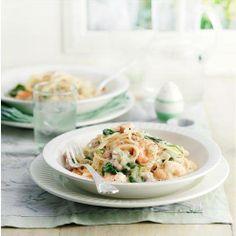 Creamy prawn pasta, uses oat cream