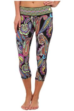 Bold paisley printed leggings from Trina Turk. #fitness #workout #fashion