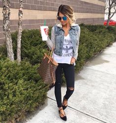 Cute casual layered outfit.