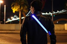 Vincent Pilot Ng is raising funds for HALO BELT - Bright LED Illuminated Safety Belt on Kickstarter! Halo Belt is the perfect bright and rechargeable safety device for runners, cyclists, and much more. Led Dog Collar, Tech Toys, Life Video, Wearable Technology, Save Life, 3 D, Safety, Halo Led, Gadgets