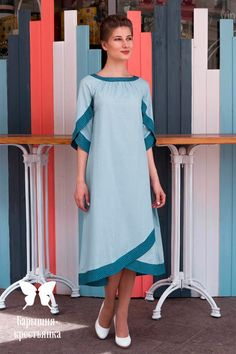 Book your dresses stiched and customised in any color and size. Order at 918968922443 Sizes available S to Shipping worldwide✈ For booking WhatsApp or call at 8968922443 Tunic Sewing Patterns, Kurti Patterns, Dress Patterns, Clothing Patterns, Kurti Sleeves Design, Sleeves Designs For Dresses, Sleeve Designs, Kurta Designs, Blouse Designs