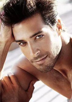 Handsome Is: Beto Malfacini, Brazilian model Beautiful Eyes, Gorgeous Men, Beautiful Ladies, Beautiful People, Beautiful Pictures, Beto Malfacini, Wow Photo, Reality Shows, Black Dagger Brotherhood