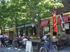 Baldwin Street in Toronto is still a secret to many Torontonians - oh no, maybe I've let the secret out!  Great restaurants are open all year round.  But summer is the best season because of the awesome patios.
