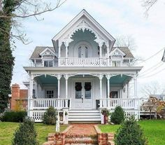 Another little beauty I would love to live in Victorian Homes Exterior, Victorian Style Homes, Dream House Exterior, Victorian Architecture, Folk Victorian, Victorian Farmhouse, Victorian Cottage, Old Victorian Houses, Victorian House Plans