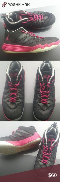 9d4457f58b52ec Jordan s-Chris Paul black and hot pink Smoke free home 9.5 Outsides are in  great