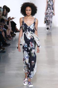 Calvin Klein RTW Spring 2016