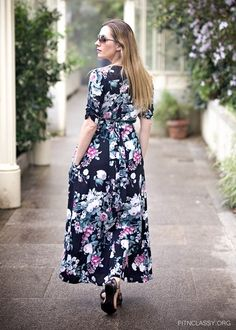 Long floral dress with side pockets. #floral #style #dress #fashion #casual #ShopStyle #shopthelook #SpringStyle #MyShopStyle #WeekendLook #OOTD