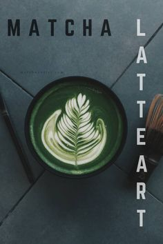 Essential tools for a wonderful matcha latte art😍 Matcha Drink, Matcha Tea Powder, Traditional Bowls, Green Kale, Organic Matcha, Latte Art, Stuffed Peppers, Japanese