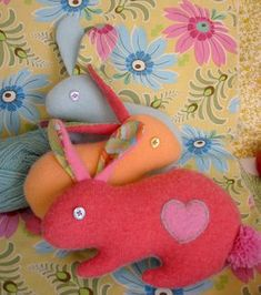 felt crafts | Ask Design Mom: Felt Crafts & Paper Embroidery