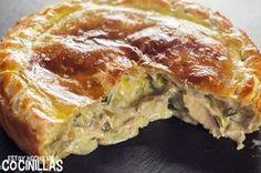Cómo hacer pastel de pollo y champiñones. Receta fácil paso a paso con fotos. Un pastel de pollo con hojaldre muy rico para disfrutarlo a solas o en familia