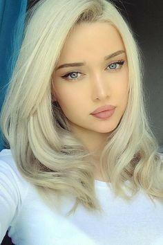 Russisch Blondine Blaue Augen