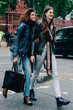 Street looks à la Fashion Week printemps-été 2016 de Londres. For more fashion, lifestyle & travel inspiration, head to theemasphere.com xx