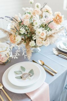Chic elopement inspiration with a gorgeous Hayley Paige gown - 100 Layer Cake Outdoor Wedding Reception, Wedding Seating, Wedding Table Numbers, Wedding Reception Decorations, Wedding Centerpieces, Wedding Bouquets, Wedding Receptions, Wedding Ideas, Modern Wedding Inspiration