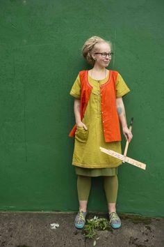 Gudrun Sjödéns Sommerkollektion 2014 - Unser ausgefallenes Sommerkleid ist in den Farben Sharon, Chili, Vergissmeinnicht und Schwarz erhältlich.