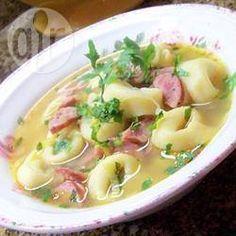 Soupe de champignons, poireaux, saucisse et tortellini
