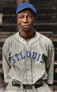 Famous Baseball Players, Negro League Baseball, Vintage Black Glamour, Black History Facts, American Sports, Sports Figures, Sports Stars, Famous Men, Sports Photos
