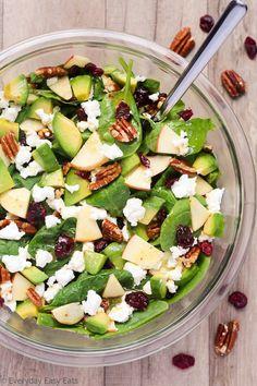 Apfel Avocado Spinat Salat - Recipes and Cooking - Salat Spinach Avacado Salad, Cranberry Spinach Salad, Avocado Salat, Apple Salad Recipes, Avocado Salad Recipes, Healthy Recipes, Vegetarian Recipes, Fruit Salad Decoration, Apple Walnut Salad