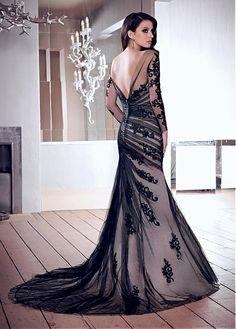 Chic Tulle Bateau Neckline Floor-length Sheath Prom Dress