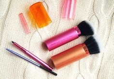 Real Techniques Brushes, Youtube Sensation, It Cosmetics Brushes, Beauty Review, Lifestyle Blog, Swatch, Beauty Makeup, Makeup Looks, Lipstick