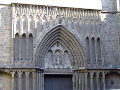 gothic_arch_santa_maria_del_pi_barcelona.jpg (2048×1536)