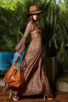 Resort 2020 Fashion Show Resort 2020 Collection - Vogue 70s Fashion, Runway Fashion, Autumn Fashion, Fashion Outfits, Womens Fashion, Bohemian Fashion, Dress Fashion, Fashion Models, Fashion Tips