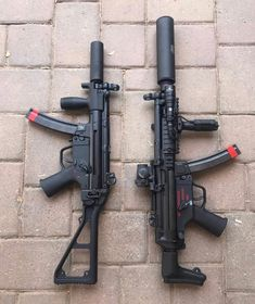 H&K makes the best SMG's for close quarters. Military Weapons, Weapons Guns, Airsoft Guns, Guns And Ammo, Zombies, Firearms, Shotguns, Submachine Gun, Custom Guns