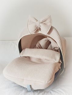 For all baby girls & boys our universal Merlijn footmuff in a pebble coloured waffle cotton. Baby Girl Car Seats, Baby Tumblr, Dream Baby, Everything Baby, Baby Time, Baby Accessories, Future Baby, Baby Room Decor, Cute Babies